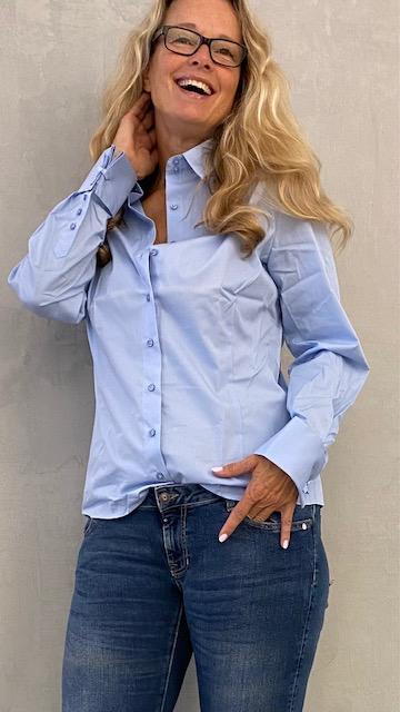 nan body blouse